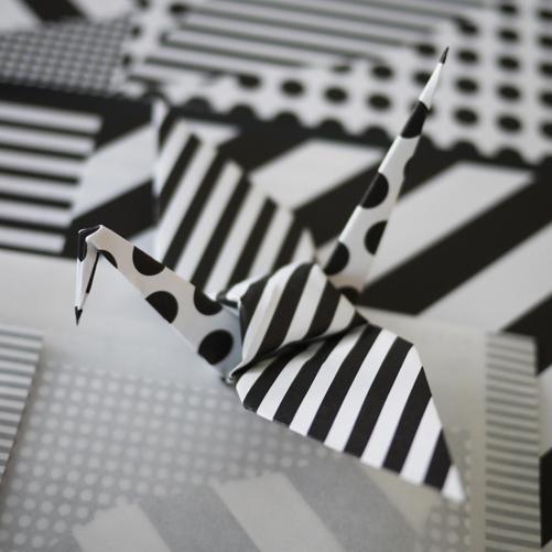 高橋理子氏 折り鶴のための折り紙