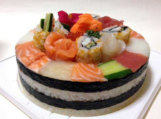 寿司ビストロ美奈吉  寿司ケーキ